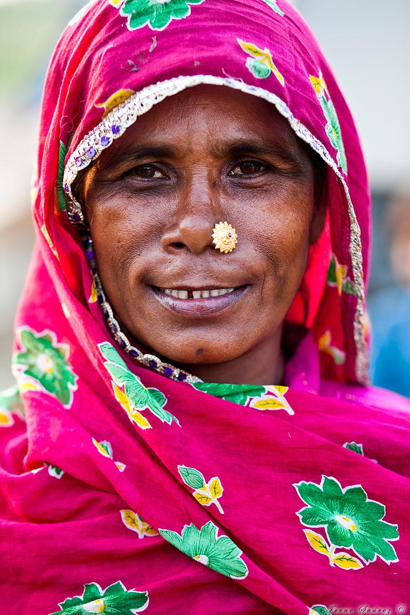 Retrato mujer en la india